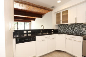 Additional photo for property listing at 4761 NW 2nd Avenue 4761 NW 2nd Avenue Boca Raton, Florida 33431 Estados Unidos
