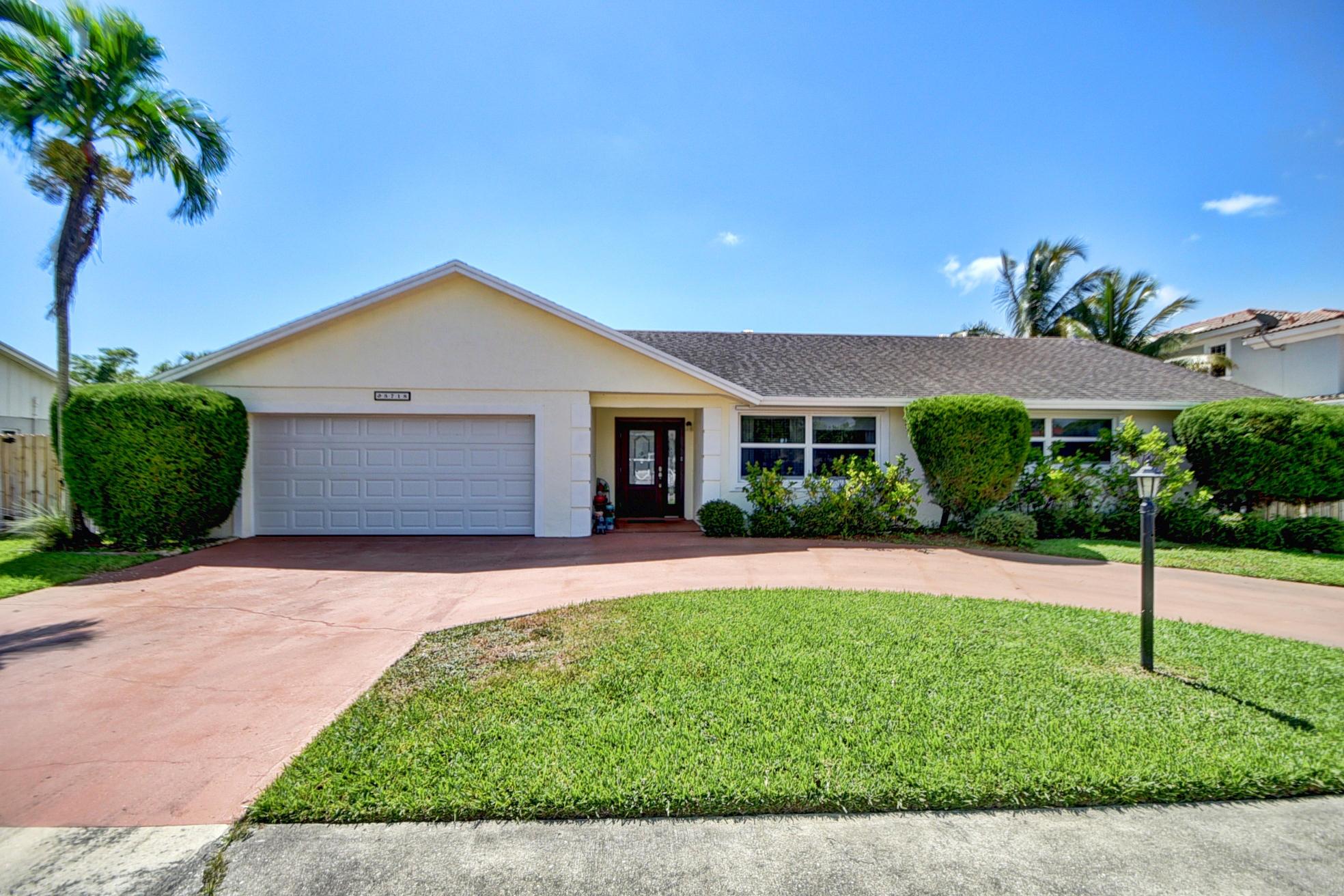 3718 Diane Drive Boynton Beach, FL 33435