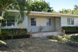 独户住宅 为 出租 在 631 Allen Avenue 631 Allen Avenue 德尔雷比奇海滩, 佛罗里达州 33483 美国
