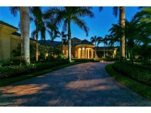 Single Family Home for Sale at 19 Saint Thomas Drive 19 Saint Thomas Drive Palm Beach Gardens, Florida 33418 United States