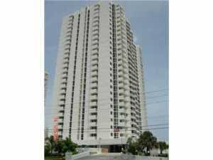 Appartement en copropriété pour l à louer à Renaissance II, 1370 S Ocean Boulevard Pompano Beach, Florida 33062 États-Unis