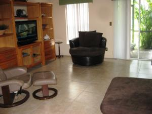 Additional photo for property listing at 1222 Ocean Dunes Circle 1222 Ocean Dunes Circle Jupiter, Florida 33458 United States