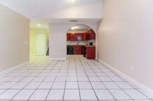 Additional photo for property listing at 4567 Holly Lake Drive 4567 Holly Lake Drive Lake Worth, Florida 33463 Estados Unidos