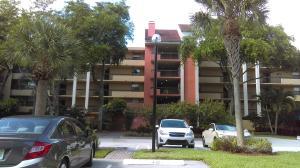 Condominio por un Alquiler en 820 Lavers Circle 820 Lavers Circle Delray Beach, Florida 33444 Estados Unidos
