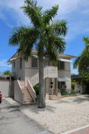 Apartamentos multi-familiares para Venda às 173 SE 5th Avenue 173 SE 5th Avenue Delray Beach, Florida 33483 Estados Unidos