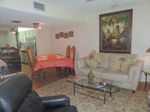Additional photo for property listing at 18081 SE Country Club Drive 18081 SE Country Club Drive Tequesta, Florida 33469 United States