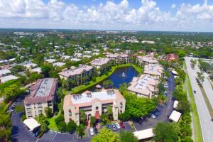 تاون هاوس للـ Rent في Ocean Trace, 55 Uno Lago Drive 55 Uno Lago Drive Juno Beach, Florida 33408 United States