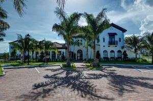 Condomínio para Locação às Siena At Tuscany, 8083 Red Jasper Lane 8083 Red Jasper Lane Delray Beach, Florida 33446 Estados Unidos