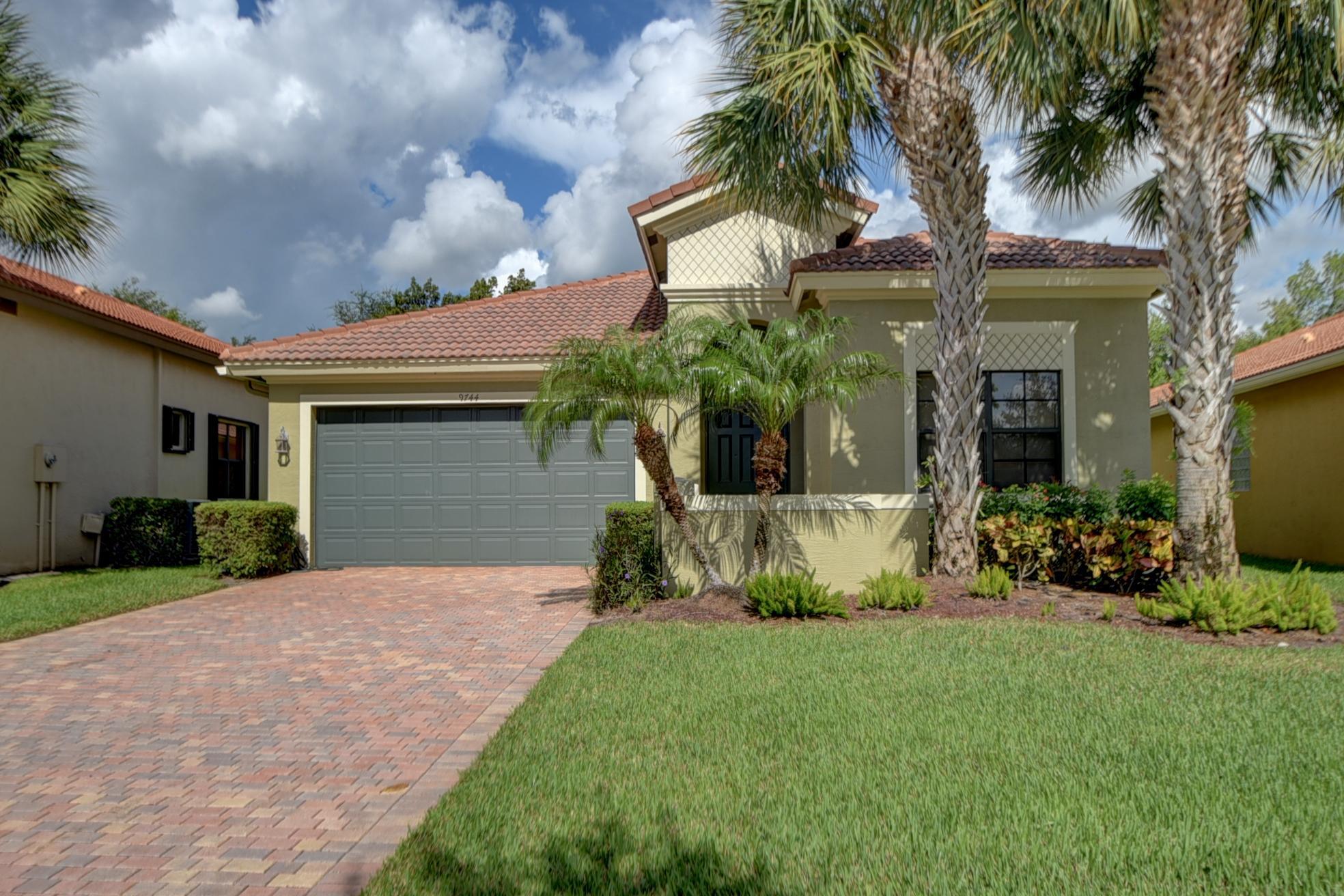 9744 Isles Cay Drive  Delray Beach, FL 33446