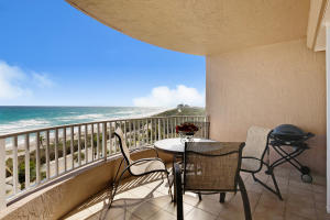 Condominio por un Venta en 750 Ocean Royale Way 750 Ocean Royale Way Juno Beach, Florida 33408 Estados Unidos