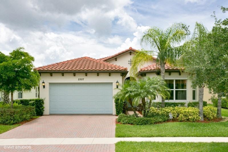 2507 Vicara Court Royal Palm Beach, FL 33411