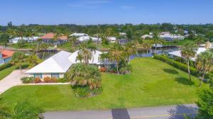 واحد منزل الأسرة للـ Rent في Yacht & Country Club of Stuart, 3514 SE Fairway 3514 SE Fairway Stuart, Florida 34997 United States