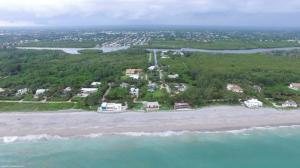 Single Family Home for Sale at 137 N Beach Road Hobe Sound, Florida 33455 United States