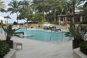 Condominium for Rent at 550 Okeechobee Boulevard 550 Okeechobee Boulevard West Palm Beach, Florida 33401 United States