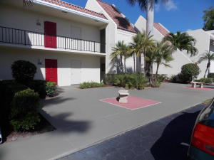 Condominium for Rent at 1705 Presidential Way B101 1705 Presidential Way B101 West Palm Beach, Florida 33401 United States