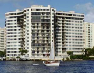 Appartement en copropriété pour l à louer à 3912 S Ocean Boulevard 3912 S Ocean Boulevard Highland Beach, Florida 33487 États-Unis