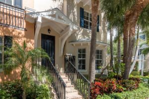 Townhouse for Sale at 349 E Mallory Circle 349 E Mallory Circle Delray Beach, Florida 33483 United States