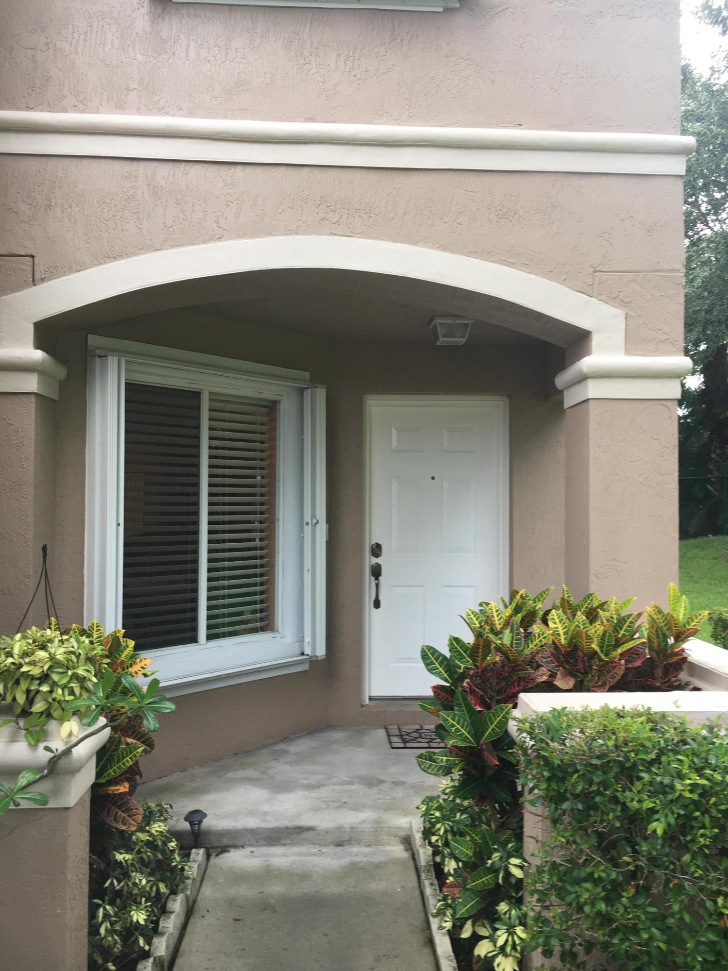 4916 Pinemore Lane 4916 Lake Worth, FL 33463