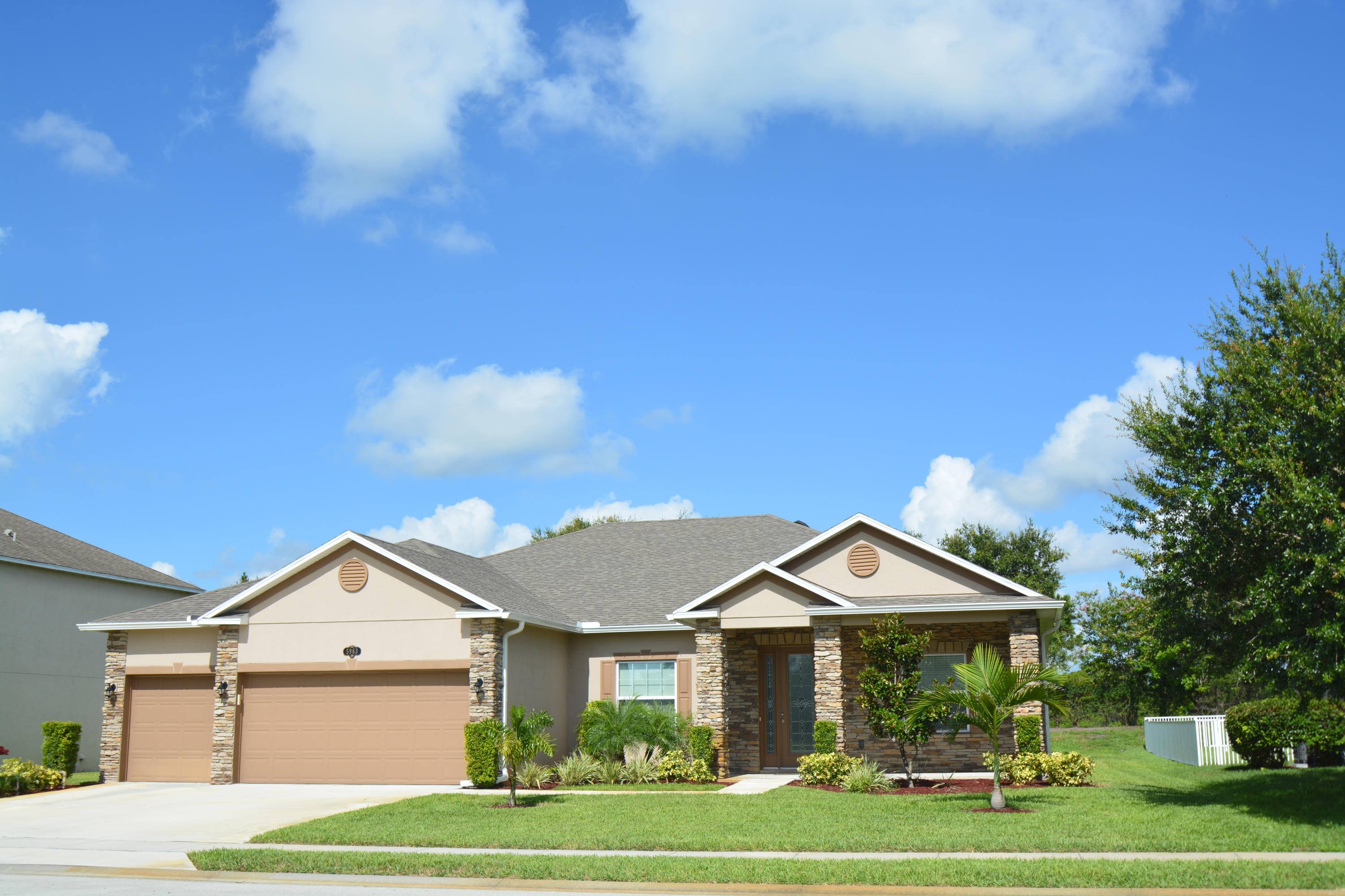 5963 Ridge Lake Vero Beach 32967