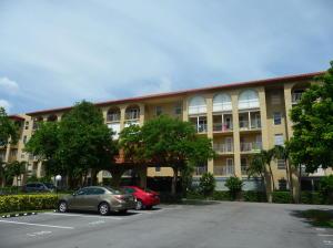 Condomínio para Locação às 1111 South Ocean Boulevard 1111 South Ocean Boulevard Boca Raton, Florida 33432 Estados Unidos
