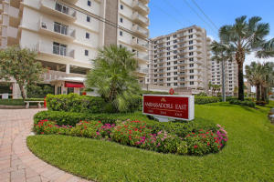 Additional photo for property listing at 3215 S Ocean Boulevard 3215 S Ocean Boulevard Highland Beach, Florida 33487 États-Unis