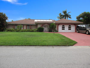 Single Family Home for Rent at 524 Muirfield Drive Atlantis, Florida 33462 United States