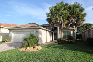 واحد منزل الأسرة للـ Sale في 10899 Carmelcove Circle Boynton Beach, Florida 33473 United States