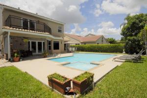 独户住宅 为 销售 在 3721 NW 71st Street 3721 NW 71st Street Coconut Creek, 佛罗里达州 33073 美国