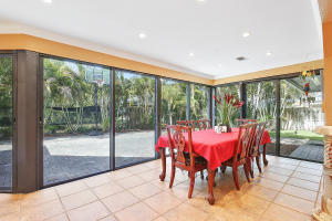 Additional photo for property listing at 1856 Emilio Lane 1856 Emilio Lane West Palm Beach, Florida 33406 Vereinigte Staaten