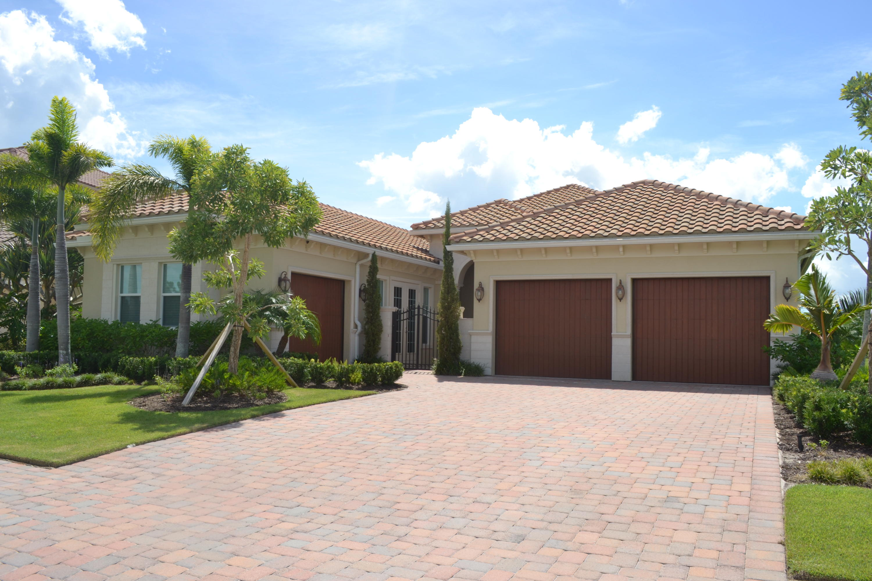125 San Priverno Port Saint Lucie 34983