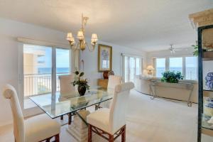 Eigentumswohnung für Verkauf beim 10980 S Ocean Drive Jensen Beach, Florida 34957 Vereinigte Staaten