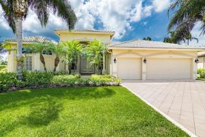 واحد منزل الأسرة للـ Sale في 2659 Windwood Way Royal Palm Beach, Florida 33411 United States
