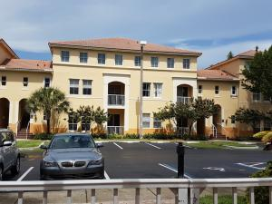 شقة بعمارة للـ Rent في 130 Jacaranda Country Club Drive Plantation, Florida 33324 United States