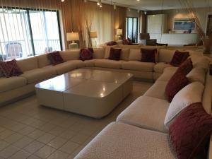 Condomínio para Locação às 9 Stratford Drive 9 Stratford Drive Boynton Beach, Florida 33436 Estados Unidos