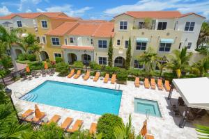 Maison accolée pour l Vente à 3662 Voaro Way 3662 Voaro Way West Palm Beach, Florida 33405 États-Unis