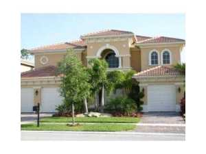 Casa Unifamiliar por un Alquiler en WELLINGTON VIEW, 664 Edgebrook Lane Royal Palm Beach, Florida 33411 Estados Unidos