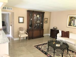 Additional photo for property listing at 116 Saxony C 116 Saxony C Delray Beach, Florida 33446 États-Unis