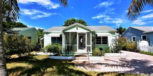 Additional photo for property listing at 909 N K Street 909 N K Street Lake Worth, Florida 33460 Vereinigte Staaten