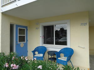 Condominio por un Alquiler en 5527 NE Gulfstream Way 5527 NE Gulfstream Way Stuart, Florida 34996 Estados Unidos