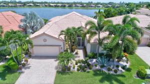 Maison unifamiliale pour l Vente à 9464 Caserta Street Lake Worth, Florida 33467 États-Unis
