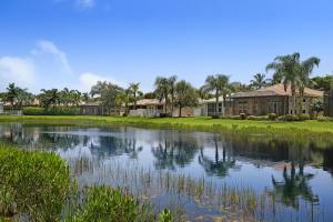 واحد منزل الأسرة للـ Sale في 10904 Deer Park Lane Boynton Beach, Florida 33437 United States
