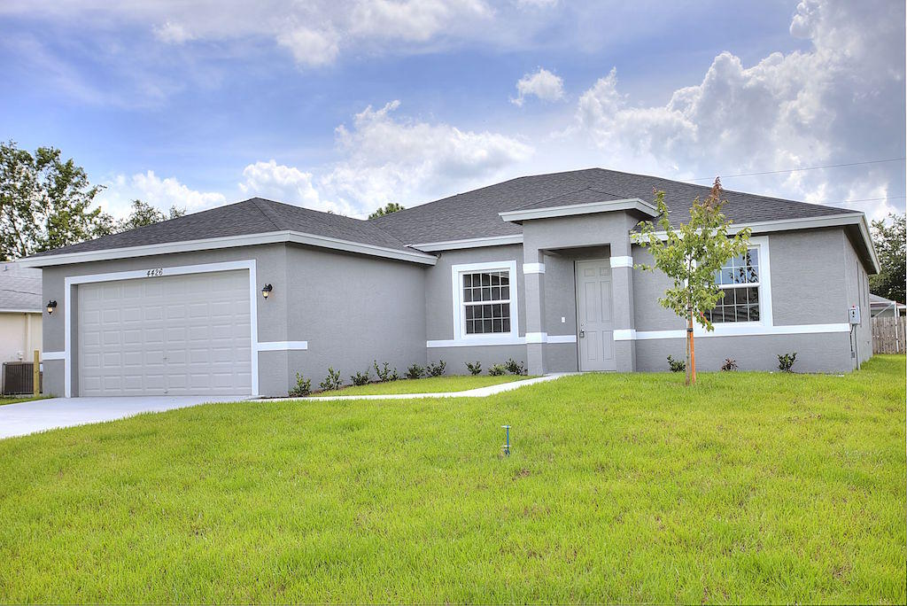 4426 Babylon Port Saint Lucie 34953