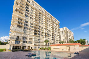 Condominium for Rent at 2121 N Ocean Boulevard 2121 N Ocean Boulevard Boca Raton, Florida 33431 United States