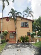 تاون هاوس للـ Rent في 8042 NW 27th Place Sunrise, Florida 33322 United States