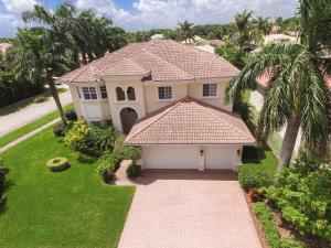 独户住宅 为 出租 在 ESTATES BOYNTON WATERS WEST, 6628 Cobia Circle 6628 Cobia Circle 博因顿海滩, 佛罗里达州 33437 美国
