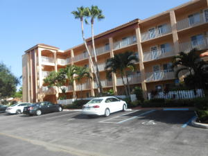 Property for sale at 6080 Huntwick Terrace Unit: 202, Delray Beach,  FL 33484