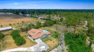 Additional photo for property listing at 13105 Raymond Drive 13105 Raymond Drive Loxahatchee Groves, Florida 33470 Estados Unidos