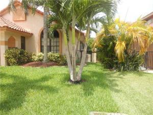 Casa Unifamiliar por un Alquiler en 575 NW 38th Avenue 575 NW 38th Avenue Deerfield Beach, Florida 33442 Estados Unidos