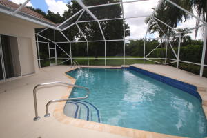 Additional photo for property listing at 4352 Hunting Trail 4352 Hunting Trail Lake Worth, Florida 33467 United States