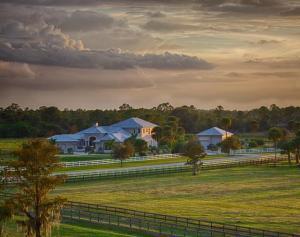 Single Family Home for Sale at 2937 SW Trailside Path Stuart, Florida 34997 United States